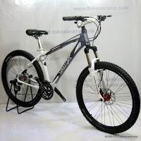 C 26 Inch Forward Trinx Damiano 4.0 HardTail Mountain Bike