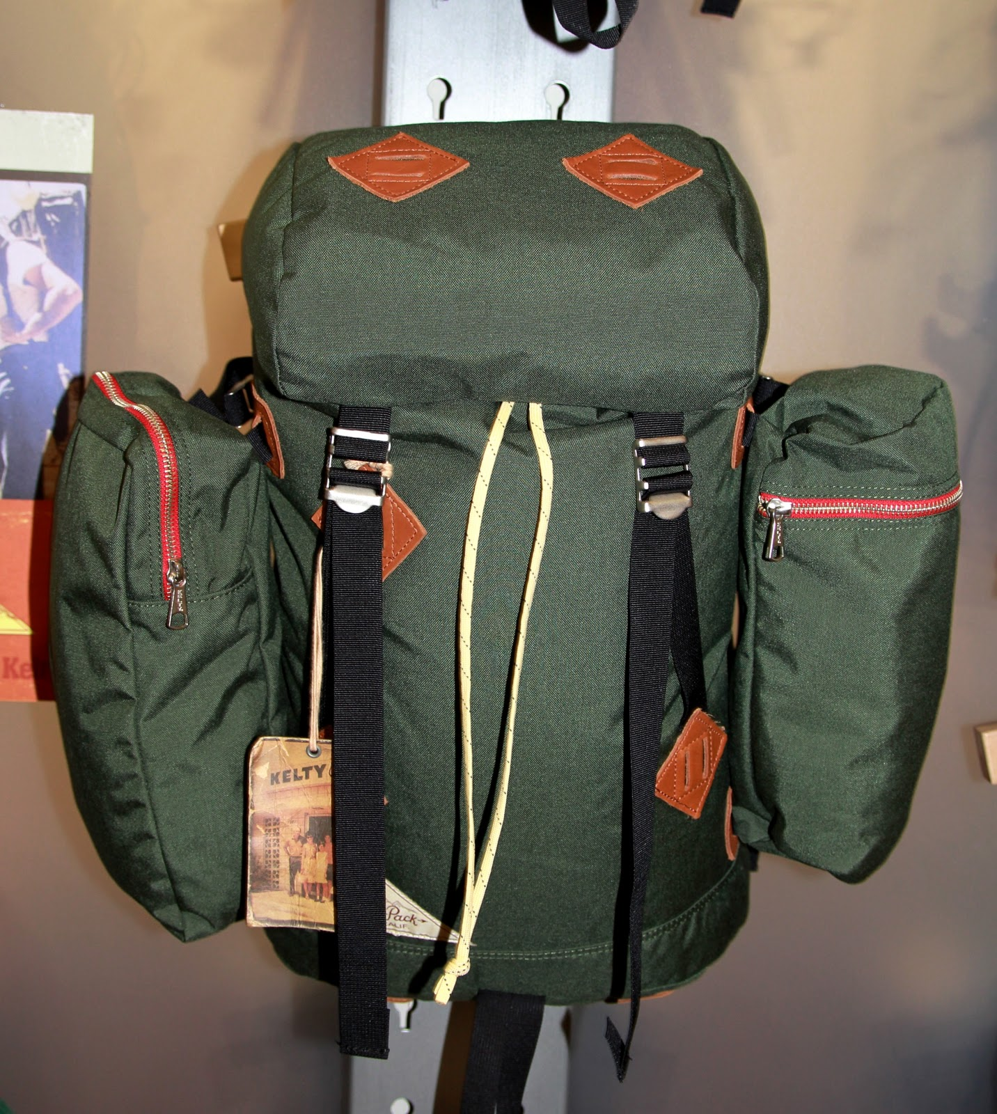 40dcc662150 Our fav---the Mocking Bird Backpack---the side pockets are removable