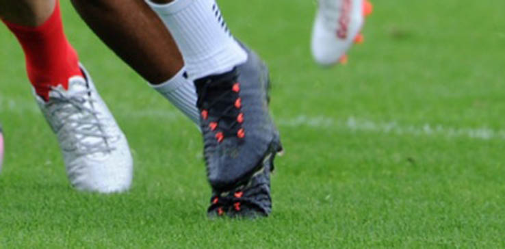 f882aad4b Oxlade-Chamberlain Shows Off All-New Next-Gen Nike Hypervenom ...