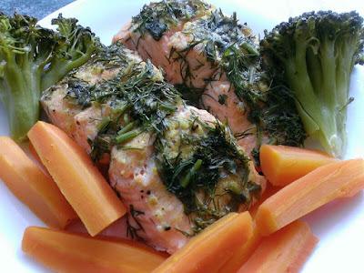 Ryba przygotowana na parze z warzywami