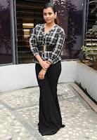 Hebah Patel Cute Photos at Kisses  Promotion TollywoodBlog