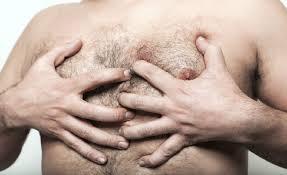 حقائق حول ثدي الرجل!