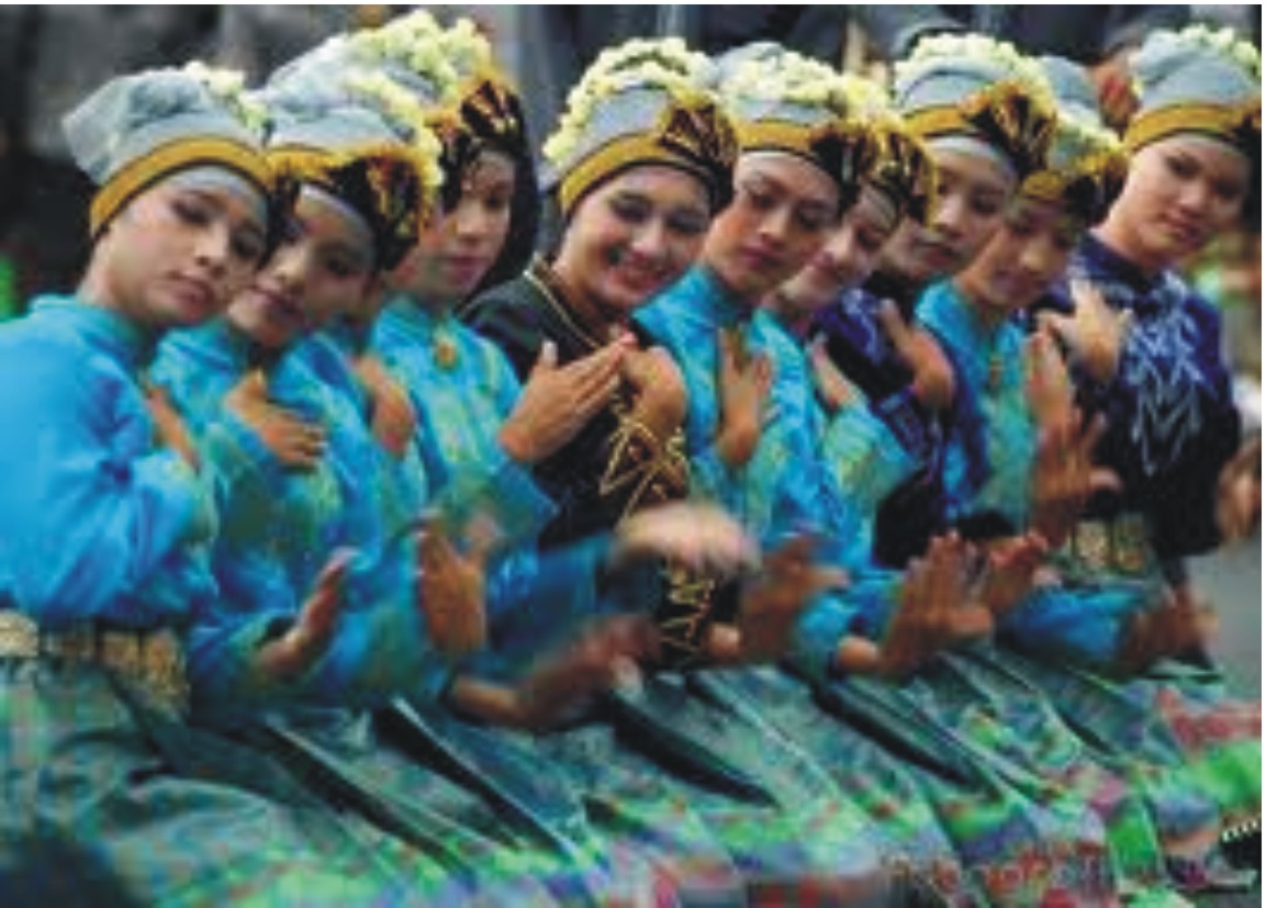Sausan Net TABEL DAFTAR TARI TRADISIONAL 20 PROVINSI INDONESIA