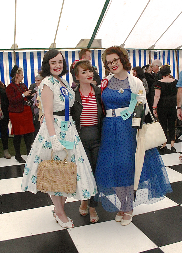 CiCi with 1st and 2nd place winners at the best dressed competition, Nottingham Vintage Carnival 2016