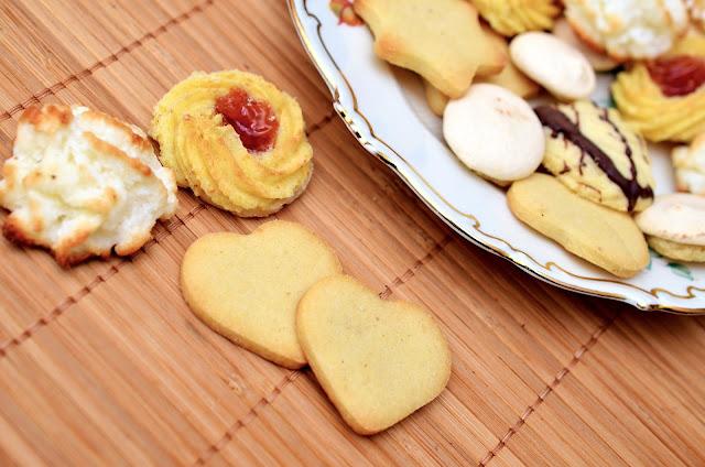 cookies, flour, bake