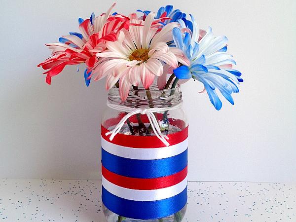 3 Step DIY: 4th of July Jar Home Decor