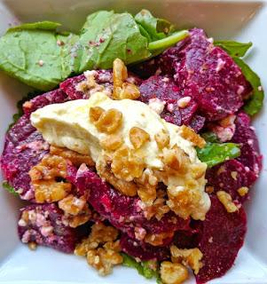 Pantzaria salad