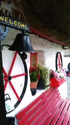 red bench, Fairybridge cottage