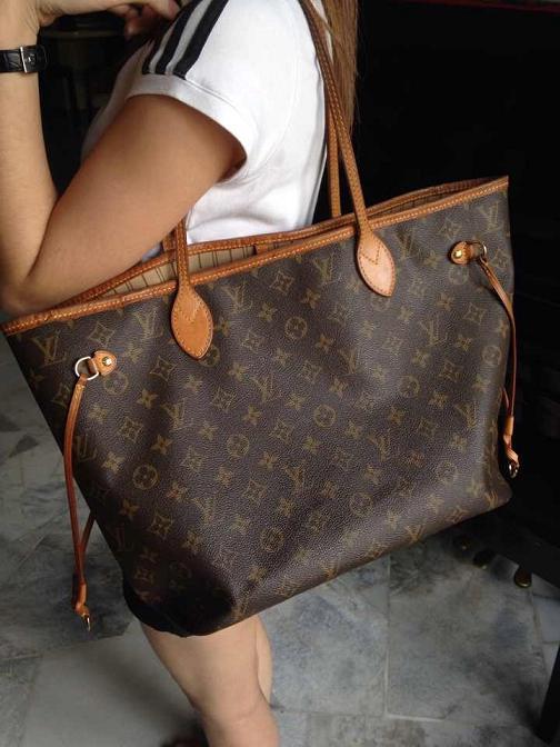 Truly Vintage: Louis Vuitton Monogram Canvas MM Neverfull Bag