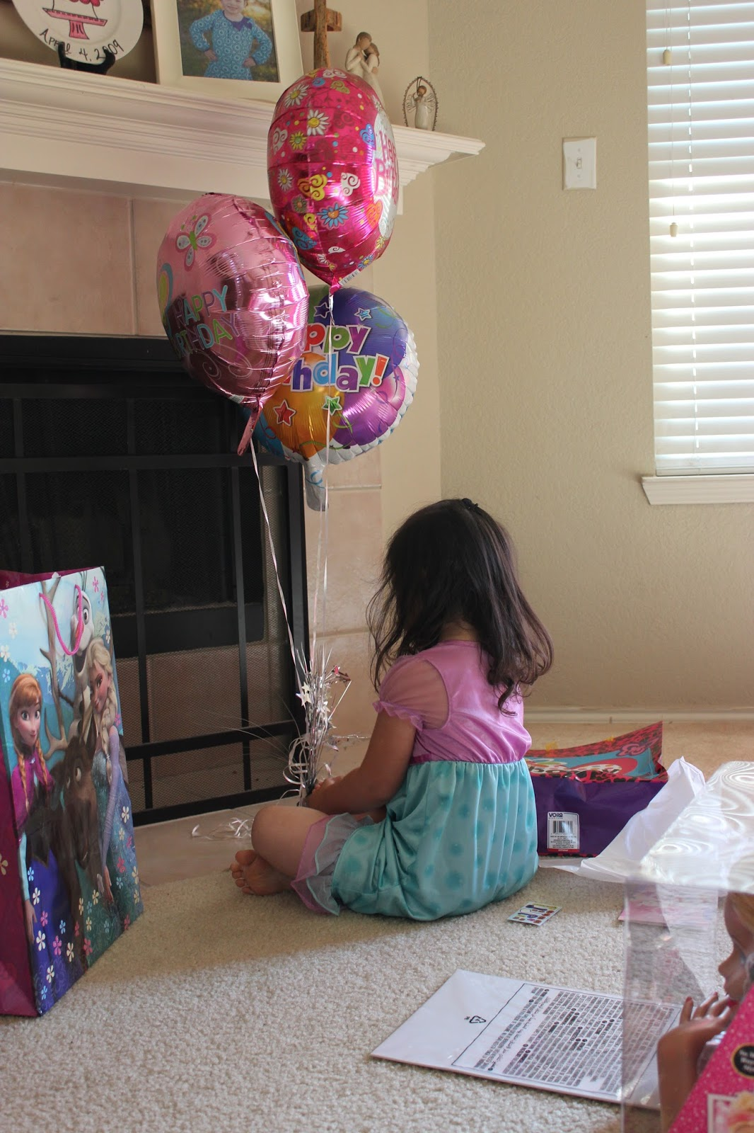Happy Birthday Balloons Dollar Tree JPG 1066x1600