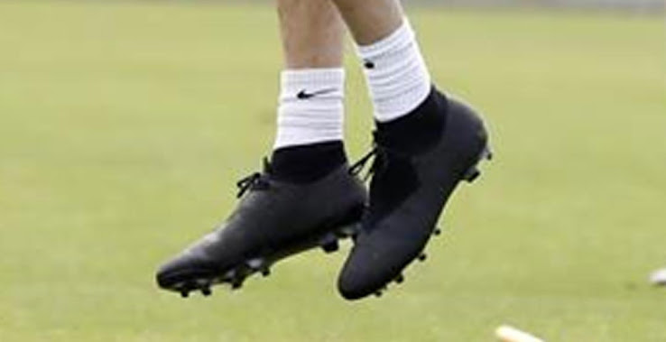 83c9c35f9cef First Magista Opus Player To Be Spotted With Them? Sergio Busquets ...