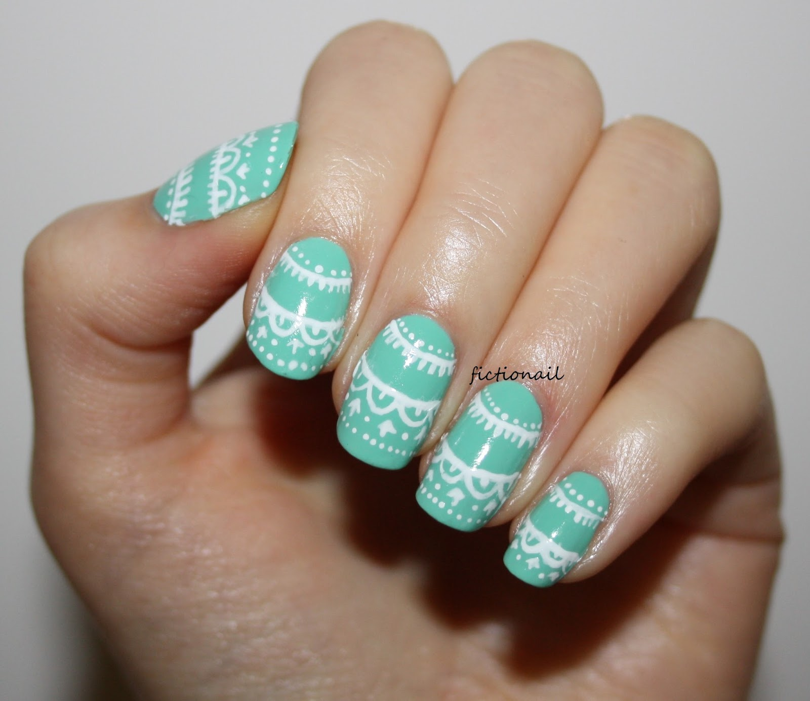 Delicate Spring Lace Nails