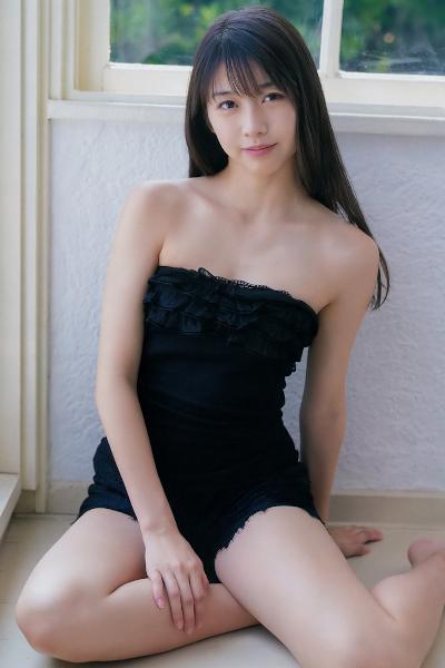 Maria Makino 牧野真莉愛, Young Champion 2019 No.18 (ヤングチャンピオン 2019年18号)