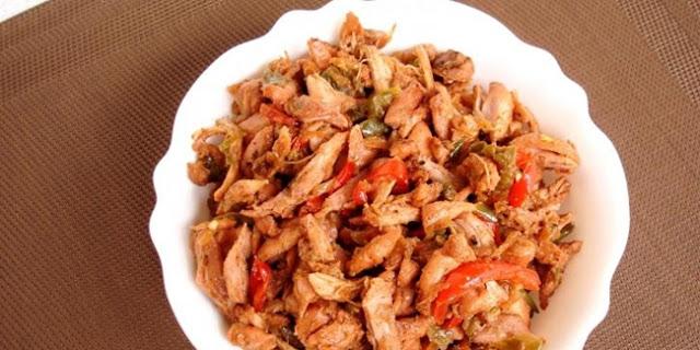 Daging Ayam Suwir