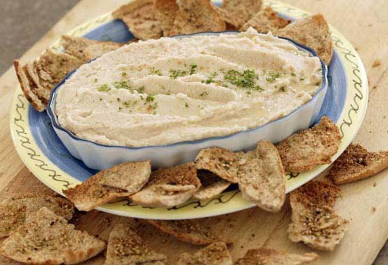 Hummus or bean dip