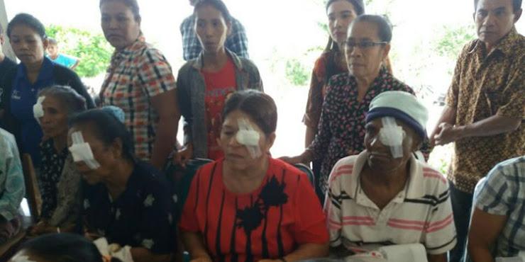 Warga Timor Leste Ikut Operasi Mata Gratis di Kabupaten Malaka