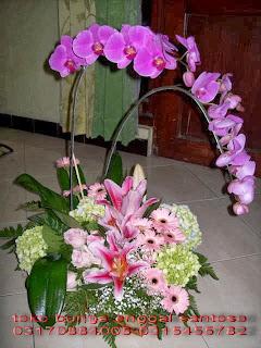 bunga meja ( bunga anggrek bulan) toko bunga surabaya, toko bunga online surabaya, toko bunga murah surabaya, karangan bunga surabaya, florist surabaya, florist di surabaya, florist surabaya murah, florist online surabaya