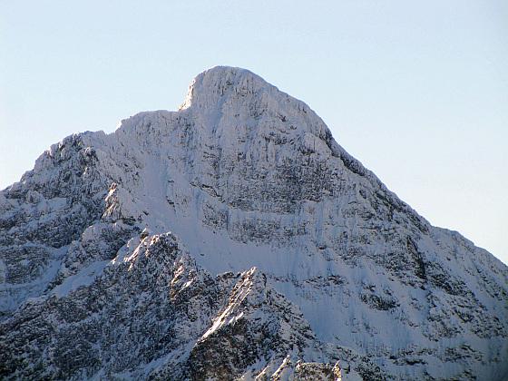 Krywań (słow. Kriváň, niem. Krummhorn, Ochsenhorn, węg. Kriván, 2494 m n.p.m.) - wyniosły szczyt w południowo-zachodniej części Tatr Wysokich po stronie słowackiej.