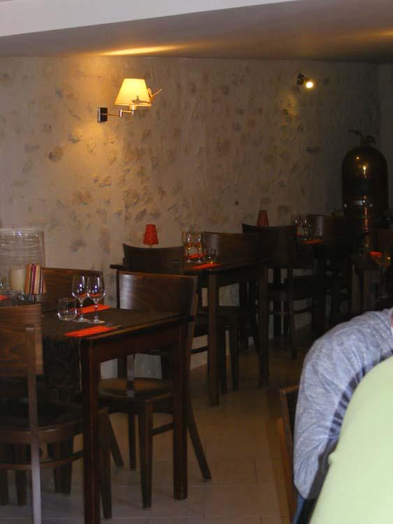 days on the claise cote cour restaurant azay le rideau