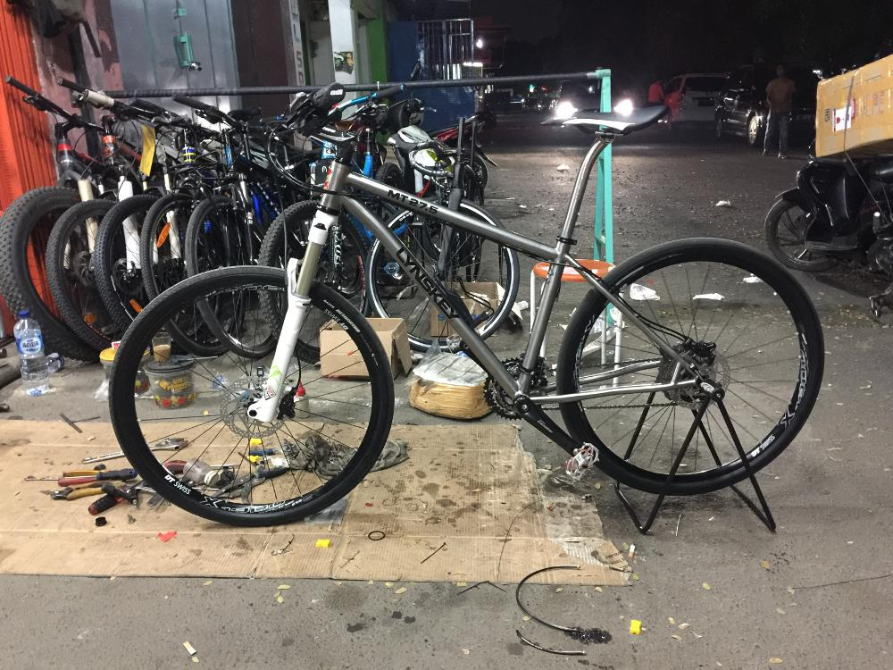 Toko Sepeda Online Majuroyal Specialized Mountain Bike