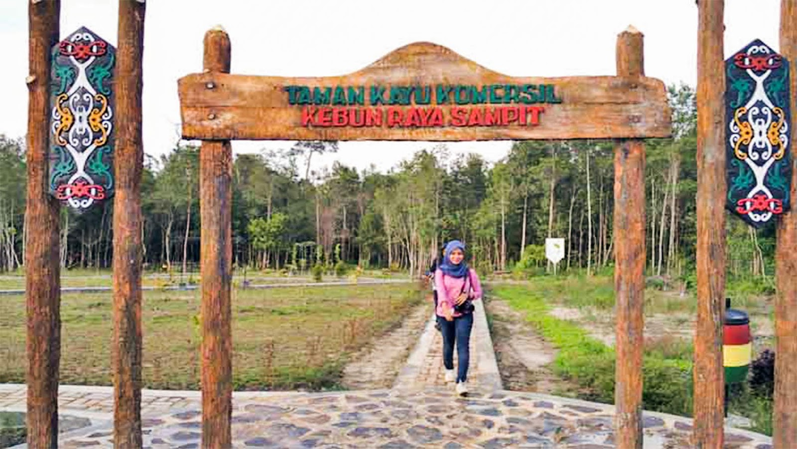 Kawasan wisata Kebun Raya Sampit  Sangkay City