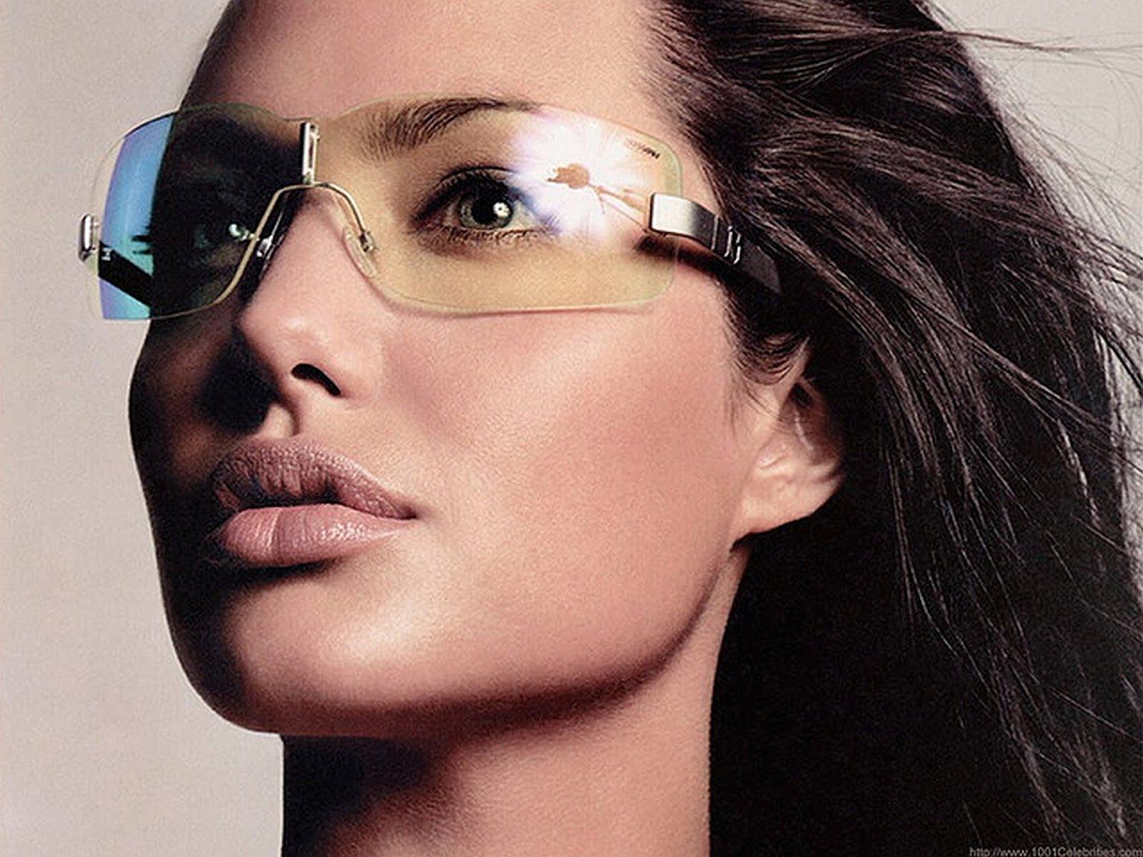 Girls Pictures Video Angelina Jolie Hot Emo Girl Japanese Rain Goggles Wallpaper-5640