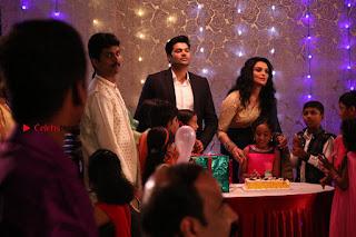 Ganesh Venkatraman Swetha Menon Starring Inaiyathalam Movie Stills  0001.JPG
