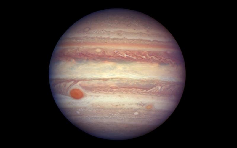 Teleskop antariksa hubble jepret foto terbaru planet jupiter