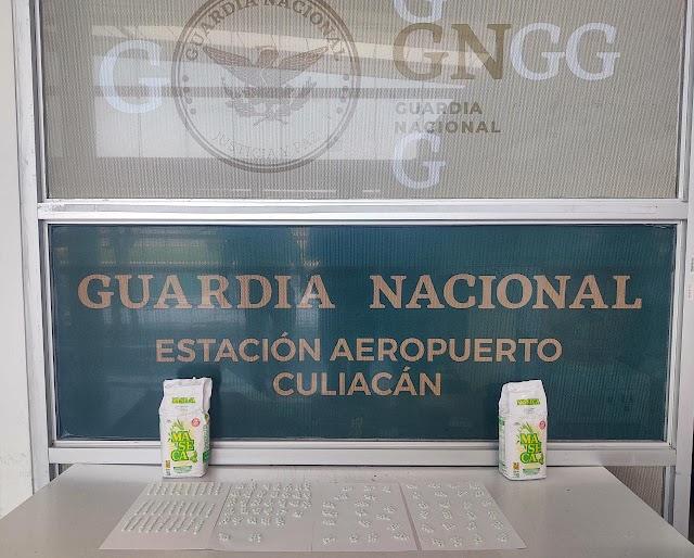 GUARDIAS NACIONALES LOCALIZAN MÁS DE MIL PASTILLAS DE APARENTE FENTANILO DENTRO DE DOS PAQUETES DE HARINA DE MAÍZ