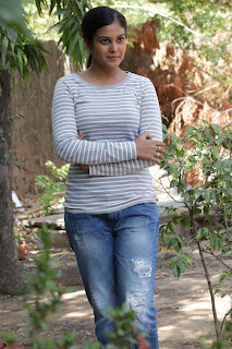 Actress Chandini in ed Tight Top at Ennodu Yilayadu tamil movie press meet ~  50.jpg
