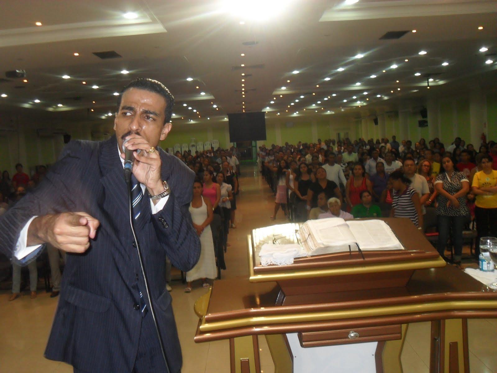 Pastor da igreja assembleia de deus de sergipe comendo fiel casada - 3 2