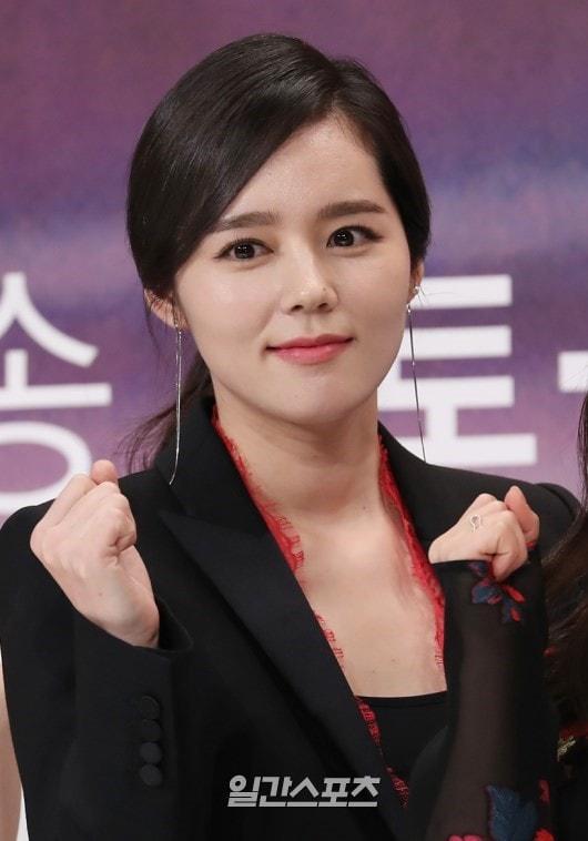 Han Ga In xinh đẹp ra mắt phim truyền hình mới sau 6 năm vắng bóng - Ảnh 3