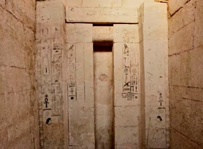 4,000 year old tomb unearthed in Egypt