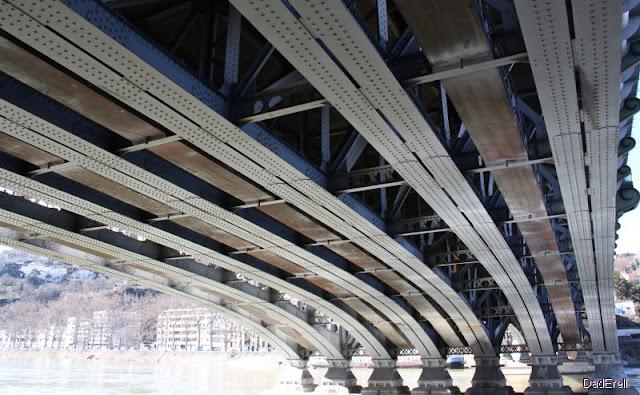 Pont SNCF sur la Saöne,  Lyon Perrache