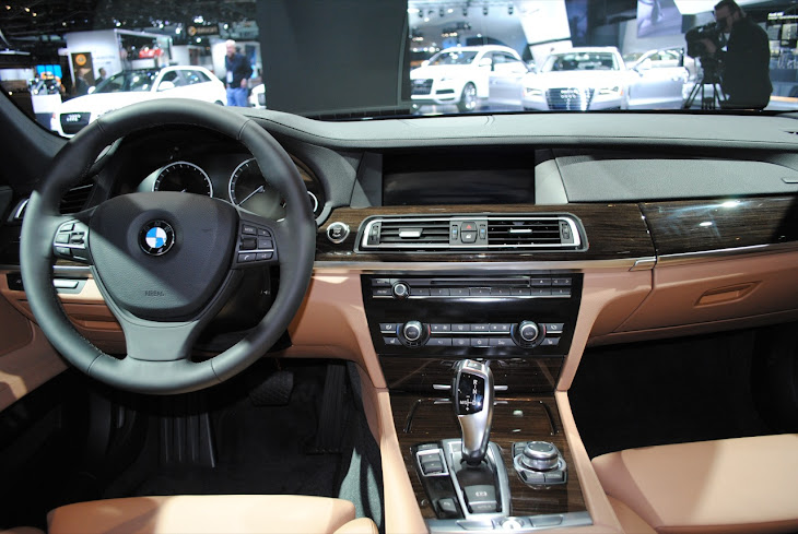 Look At the Car: 2013 BMW 740i