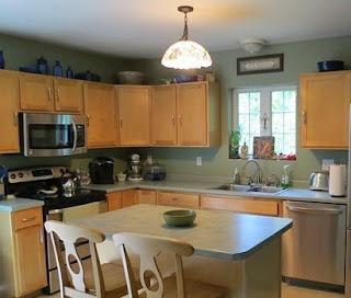 ruang dapur kecil