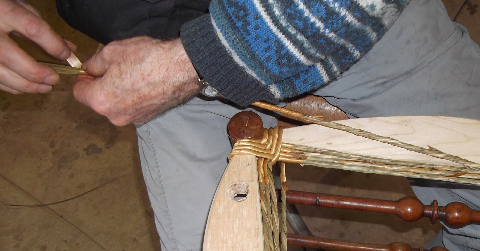 chaiserie artisanale d 39 angers rempaillage le paillage. Black Bedroom Furniture Sets. Home Design Ideas