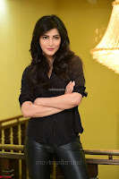 Shruti Haasan Looks Stunning trendy cool in Black relaxed Shirt and Tight Leather Pants ~ .com Exclusive Pics 059.jpg
