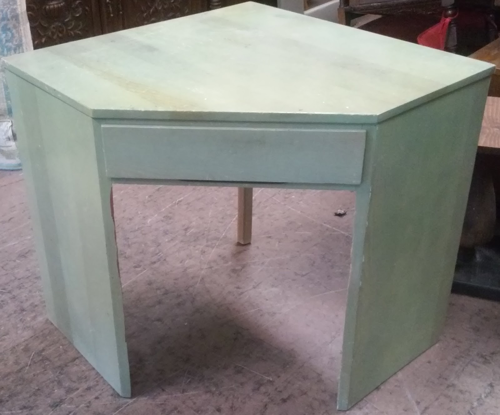 Uhuru furniture collectibles sold painted pine corner desk 25 - Pine corner desks ...