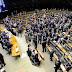 Congresso aprova LDO e derruba proibição de reajuste e criação de cargos no serviço público