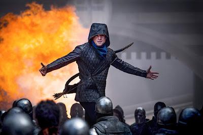 Robin Hood 2018 movie still Taron Egerton