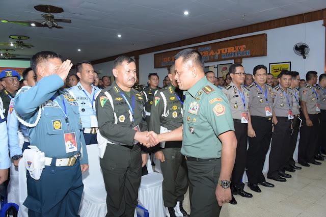 Panglima TNI Beri Pembekalan Kepada 238 Peserta Rakornis POM TNI