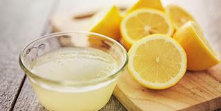 treat gums with lemon juice