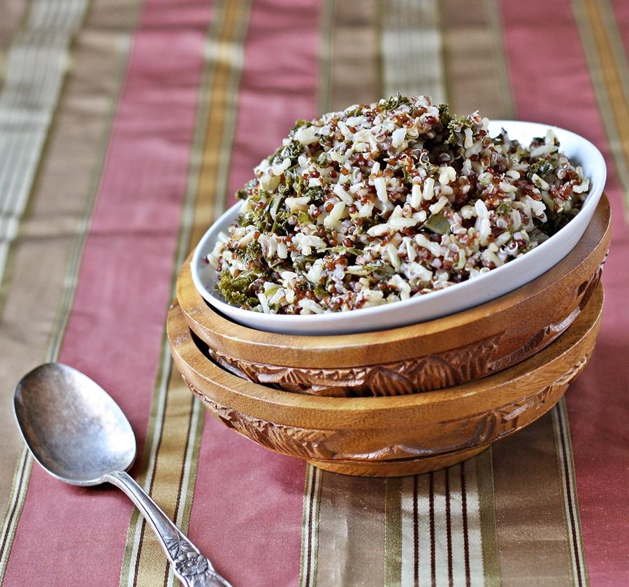 Versatile Vegetarian Kitchen: Garlicky Quinoa And Brown Rice