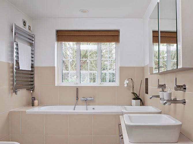 tarif peintre salle de bain paris peintre professionnel cesu. Black Bedroom Furniture Sets. Home Design Ideas