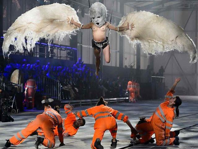 A inauguração do túnel de São Gotardo, na Suíça, o maior do mundo, foi feita com um ritual de tipo satânico em 1 de junho de 2016.
