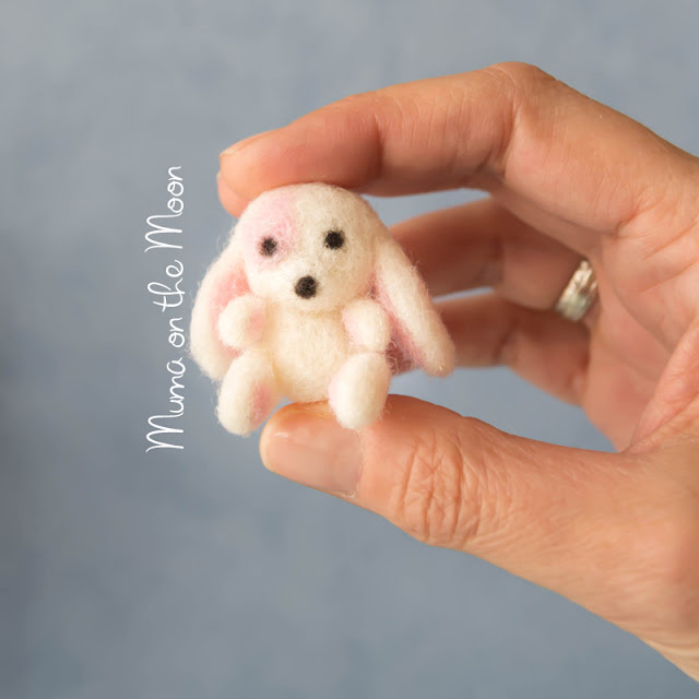 Needle feltting pet tutorial