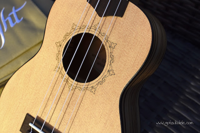 Flight DUS 320 SP/ZEB Soprano ukulele sound hole