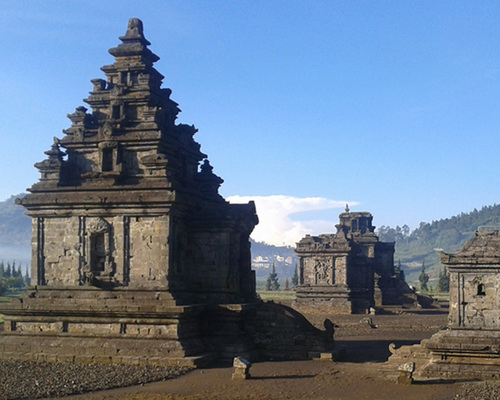 Tinuku.com Travel Dieng Temple, the mysterious Shiva Hindu architecture at altitude 2093 meters in Dieng plateau Wonosobo