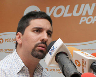 "VP da plazo a Maduro para que ""vuelva al carril de la Constitución"""